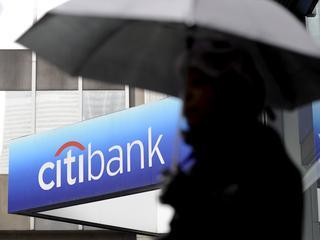 Hedgefondsen moeten in de toekomst ondergebracht worden bij bankmanagers