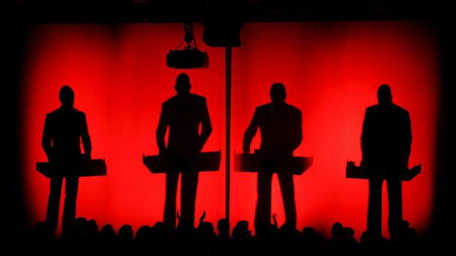 Duitse band Kraftwerk omlijst start Tour de France in Utrecht