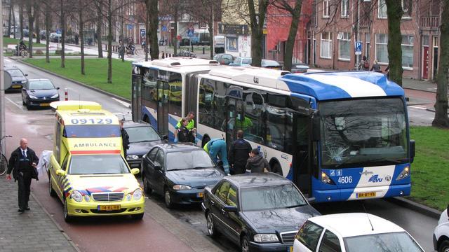 Te hulpvaardige buschauffeur rijbewijs kwijt