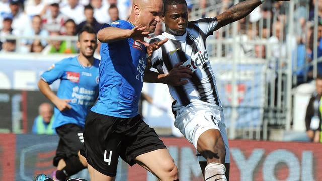 Elia boekt ruime zege met Juventus, Milan blijft in het spoor