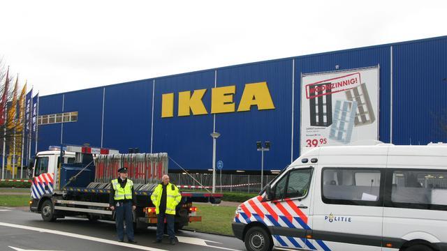 Explosieven voor Ikea Praag