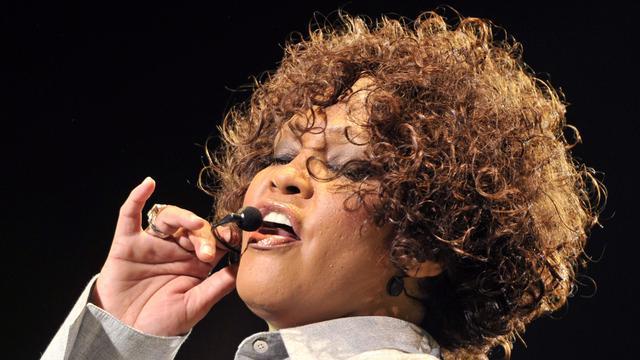 'Veiling spullen Whitney Houston brengt 80.000 dollar op'