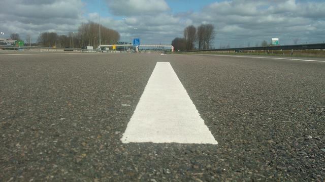 Extra rijstrook A4 bij Leiden klaar