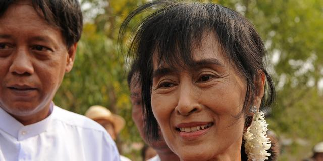 Suu Kyi roept op resultaten verkiezingen Myanmar te controleren