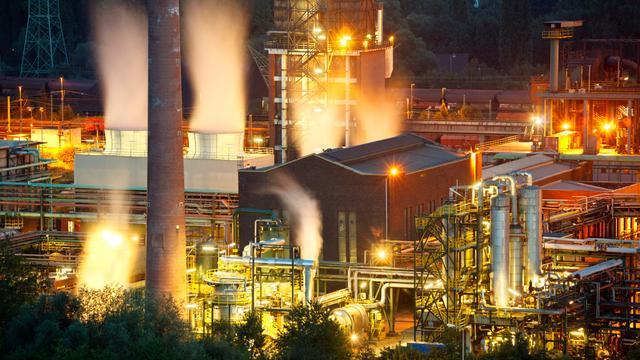 'Wereld steekt biljoenen in niet-duurzame energie'