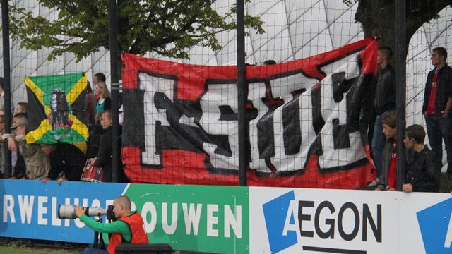 Tientallen Ajaxfans in Dortmund gearresteerd