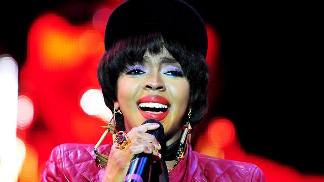 Lauryn Hill aangeklaagd door kledingbedrijf