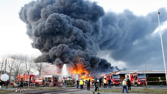Medewerker moest zwijgen over brand Moerdijk