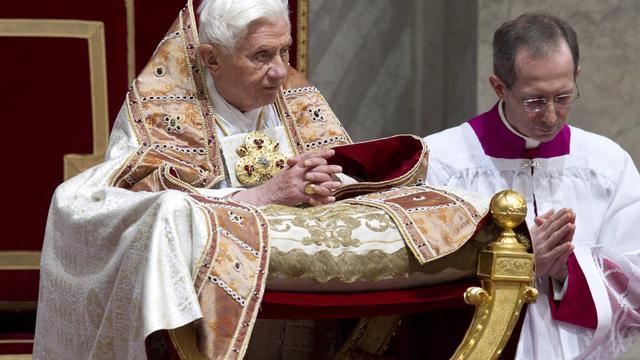 Paus pleit voor diepgaande vernieuwing kerk