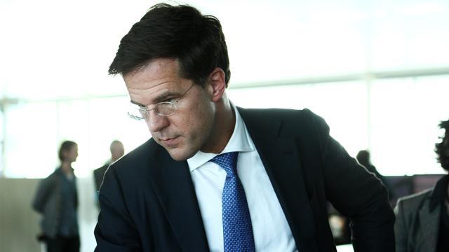 Rutte wacht met besluit over Griekenland