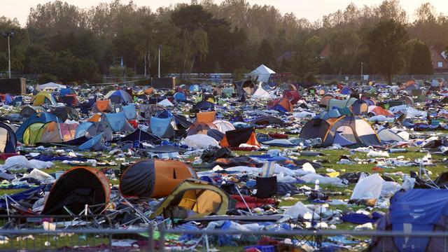 Verlaten tenten Pukkelpop geplunderd