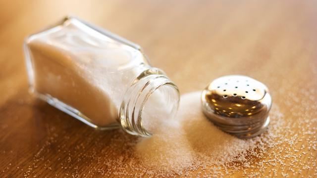 Brood en kaas bevatten steeds minder zout