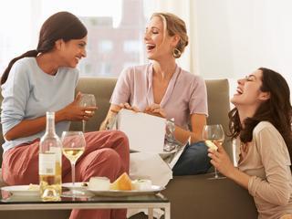 Meer dan 30 procent spreekt meer dan eens per week thuis af