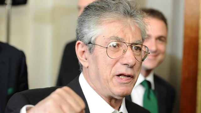 Bossi stapt op als leider Lega Nord