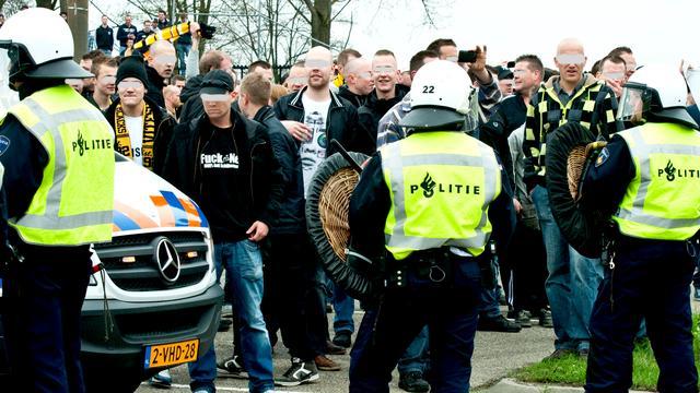 Hooligans Heracles niet naar bekerfinale