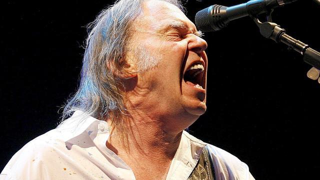 Neil Young doet alsof hij Bono niet kent