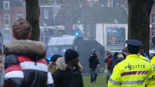 Politie voert actie rond De Graafschap - AZ