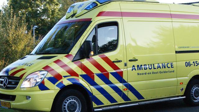 Taxichauffeur slaat vrouw bewusteloos