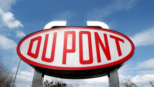 DuPont overweegt verkoop divisie