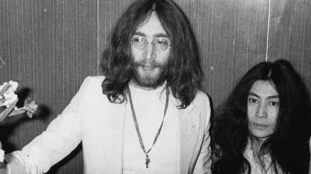 Tand John Lennon bezoekt tandartsen