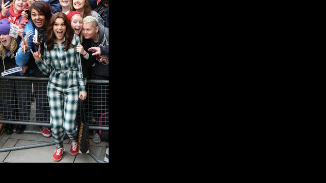 Jessie J in gesprek met Stella McCartney over kledinglijn