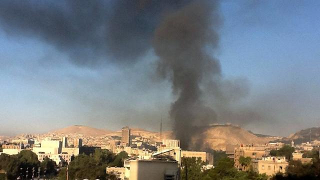 Luchtaanvallen op voorstad Damascus