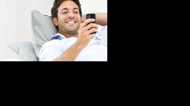 'Steeds meer mensen met sms-nek'