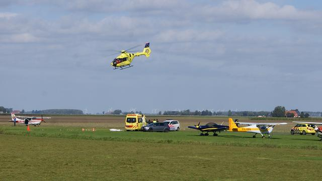 Parachutist verongelukt op Oostwold Airport