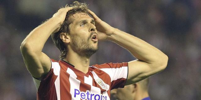 Llorente loopt boos weg van training Bilbao