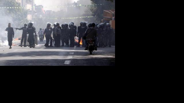 Rellen in Teheran na val muntheenheid