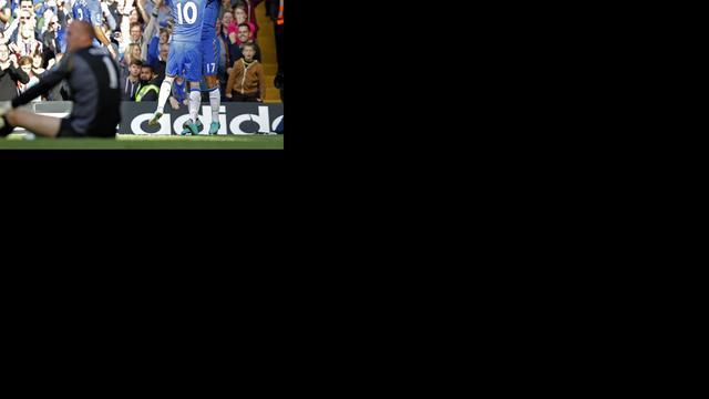 Chelsea wint opnieuw, City klimt naar plek twee