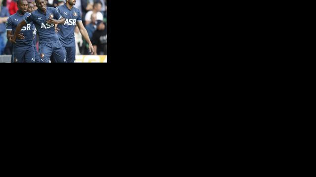 Tien Feyenoorders pakken op valreep punt