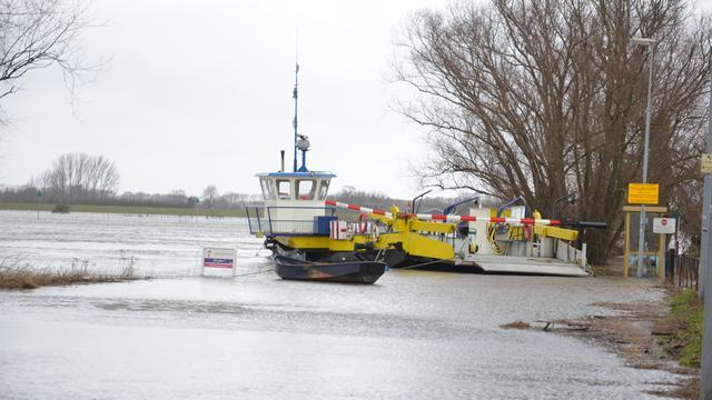 Stremming scheepvaart IJssel voorbij