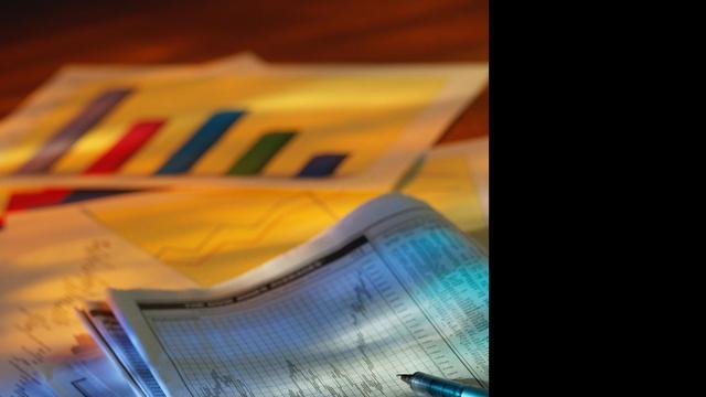 'Licht herstel omzet in bedrijfstakken 2013'