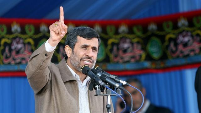 Ahmadinejad beschuldigt Westen van plunderen Libië