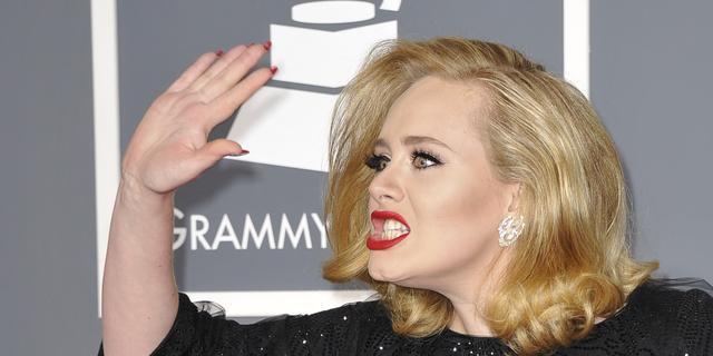 Bond-nummer Adele op nummer 1 in hitlijst