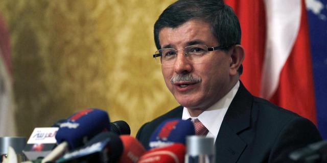 Turkije sluit luchtruim voor Syrische burgervluchten