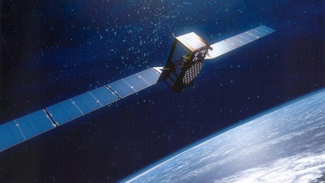 Grote satelliet stort neer op aarde