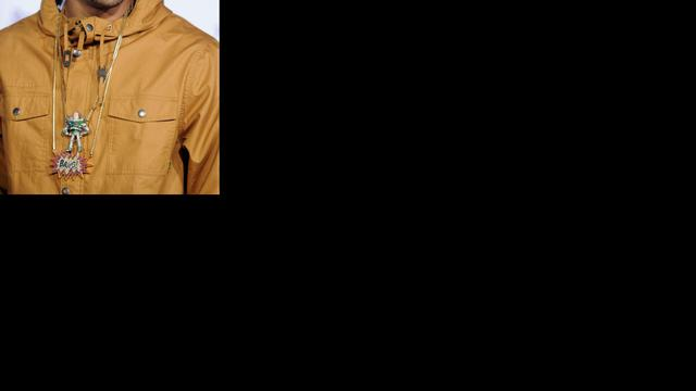 Chris Brown gespot met 'mysterieuze blondine'