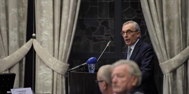 Ruim honderd wethouders gedwongen weg in 2012