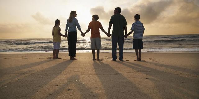 'Meer dan twee ouders per kind moet kunnen'