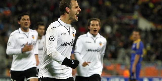 Soldado helpt Valencia aan zege op Sevilla