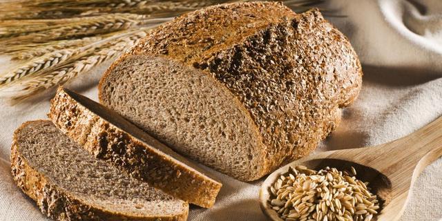 Verplicht minder zout in brood
