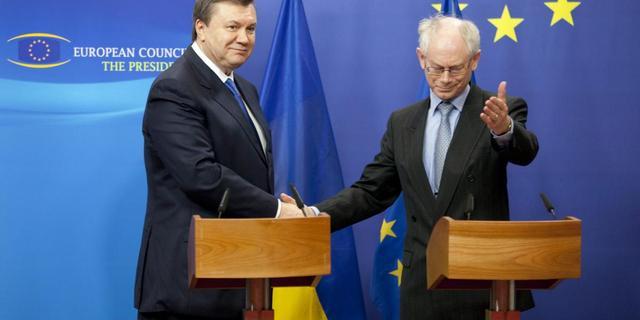 'Ex-president Janoekovitsj houdt vrijdag persconferentie'