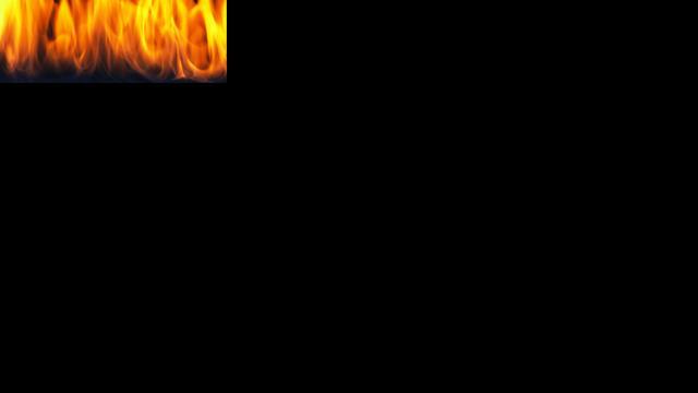 Brandende vrouw werpt zich op burgemeester