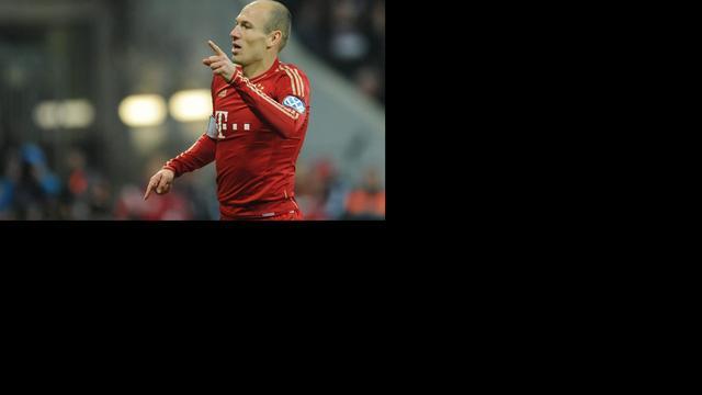 Robben tweemaal trefzeker voor Bayern, Juve blijft ongeslagen
