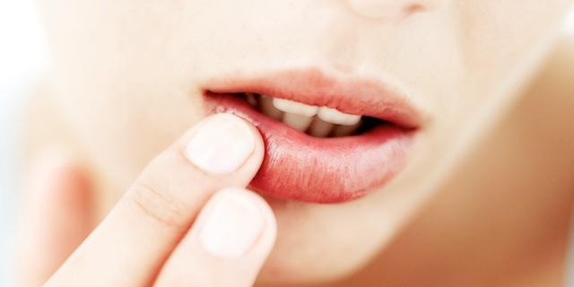 NUcheckt: Waarom je niet fysiek verslaafd kan raken aan lippenbalsem