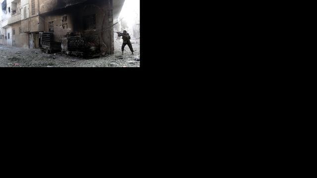 Syrische rebellen in alawitische stad Maan