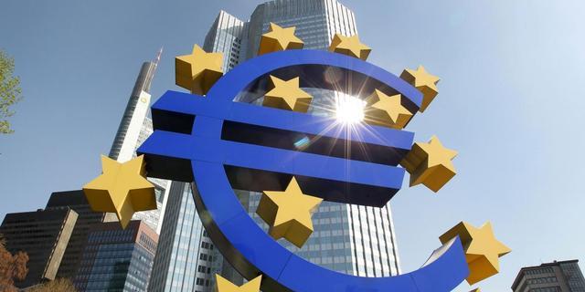 ECB verrast met renteverlaging naar 0,25 procent