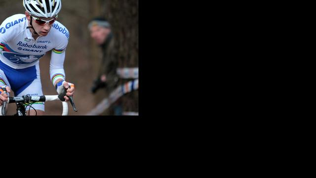 Van der Haar loopt blessure op na crash in Lille